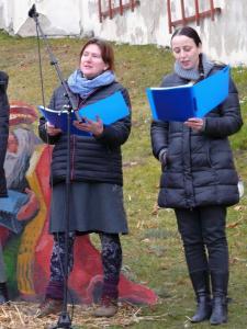 A detail zpěvaček (foto OK)...